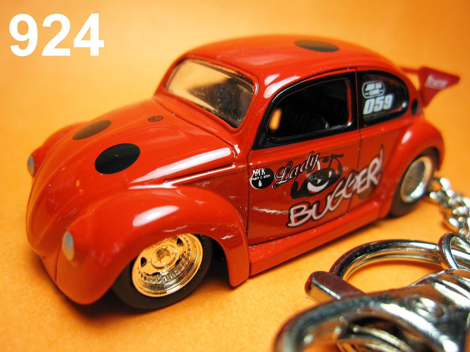Classic Beetle Drag Car (Red) Die-cast Key Chain