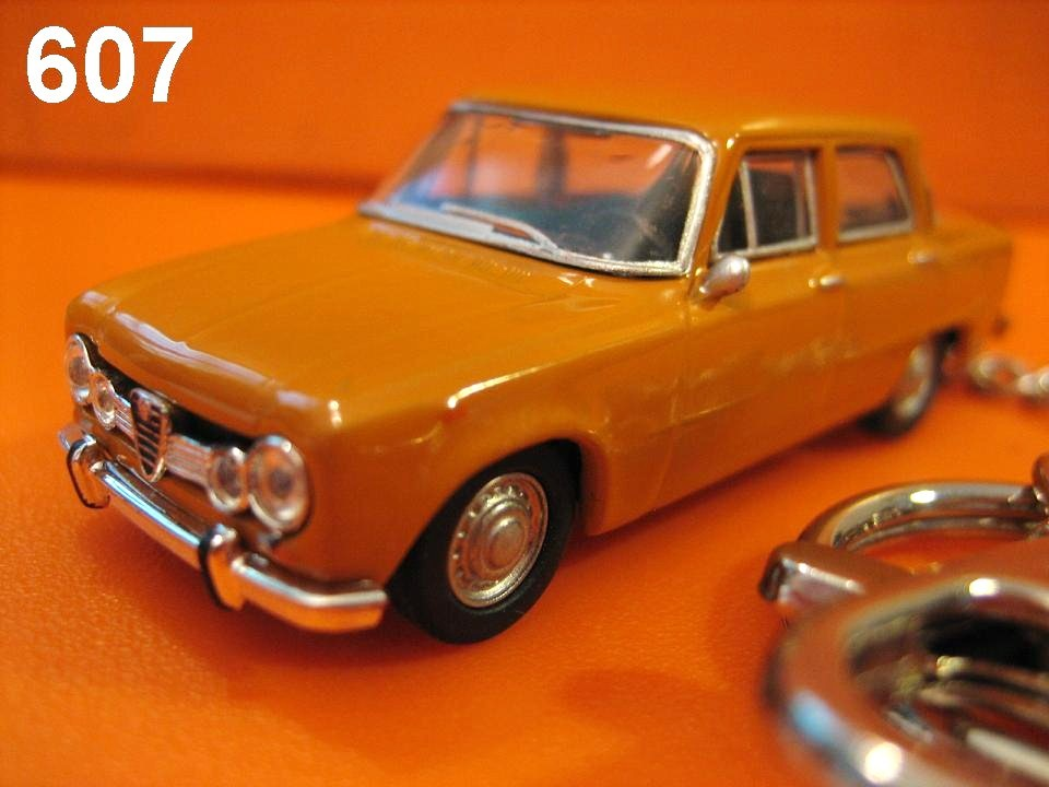Alfa Romeo Giulia TI (Vintage Orange) Die-cast Key Chain